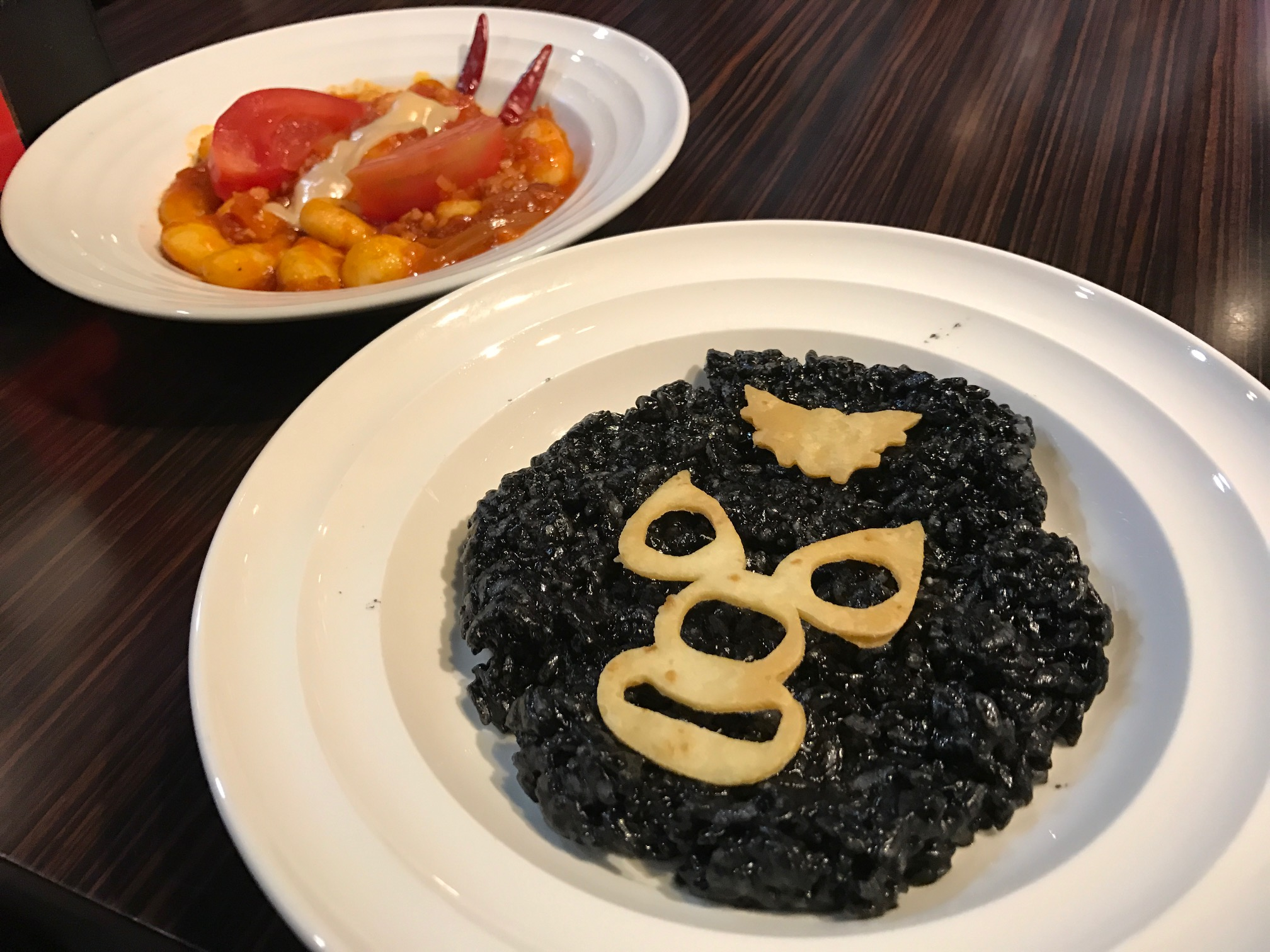 Faces on your food at Kamen Rider the Diner