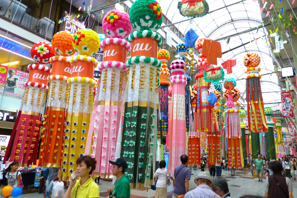 tanabata-decorations-in-japan