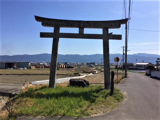 A long abandoned torii